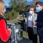 Arroyo y Mussi entregaron maquinarias y herramientas a emprendedores locales